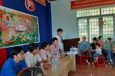 """Trường THPT Tôn Đức Đức Thắng tổ chức chương trình """"Vui Tết trung thu năm 2019"""" tại thôn kết nghĩa Cư K'lông"""