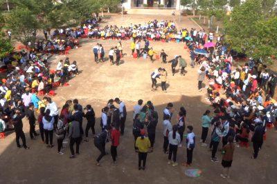 """Đoàn trường THPT Tôn Đức Thắng tổ chức Chương trình """"Gặp mặt và Trao quà Tết cho học sinh nghèo vượt khó"""" năm 2020"""