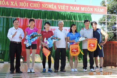 Giao lưu bóng chuyền hướng đến kỷ niệm 87 năm ngày Phụ nữ Việt Nam (20/10/1930-20/10/2017)