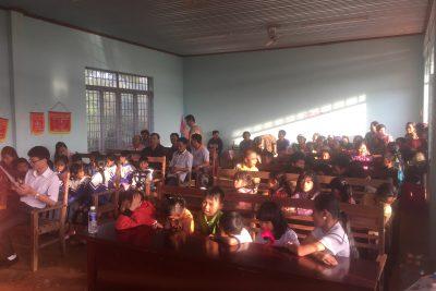 Trao quà tết tại Thôn kết nghĩa Cưklông, xã Cưklông, huyện Krông Năng trong dịp tết Kỉ Hợi 2019